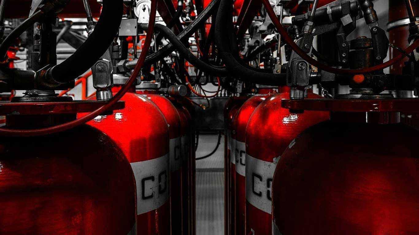 Осуществим сбор и рекуперацию пожаротушащих, холодильных , обезжиривающих хладонов